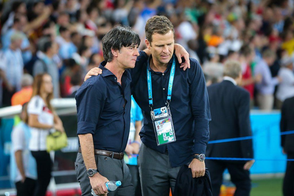 Joachim Löw und Teammanager Oliver Bierhoff bei der WM 2014. (Jefferson Bernardes / shutterstock)